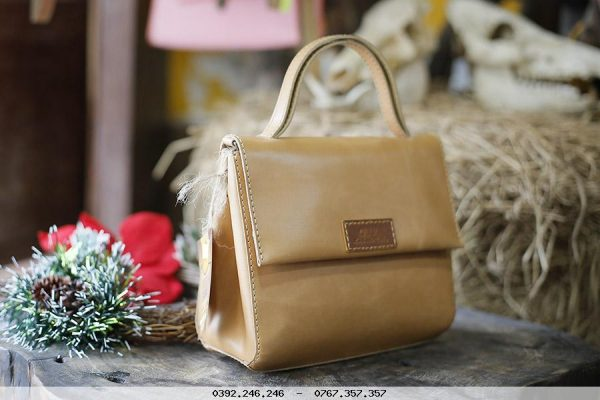 Leather-Bag-for-Women-1556
