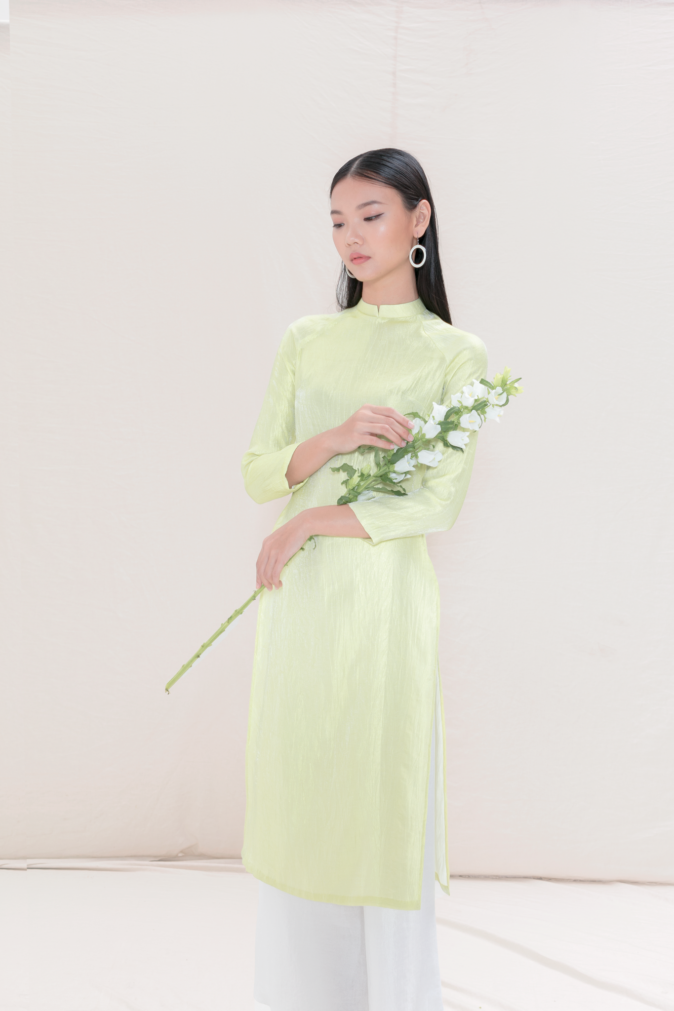 Ao-dai-best-vietnamese-products